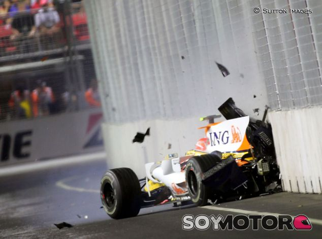 El accidente de Nelson Piquet Jr. en Singapur 2008 - LaF1.es