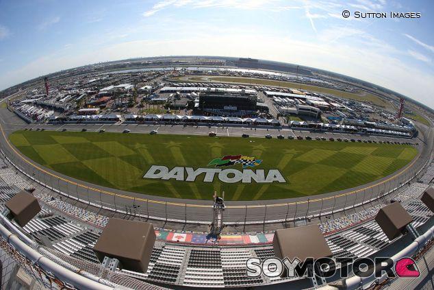 Vista panorámica desde la grada de Daytona - SoyMotor