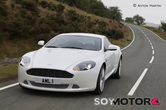El Aston Martin DB9 de 2004 supuso el reflote de la compañía británica - SoyMotor.com