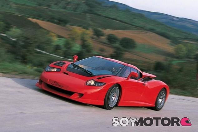 El Edonis fue fabricado a partir del chasis del EB110 por ex-empleados de la marca - SoyMotor.com