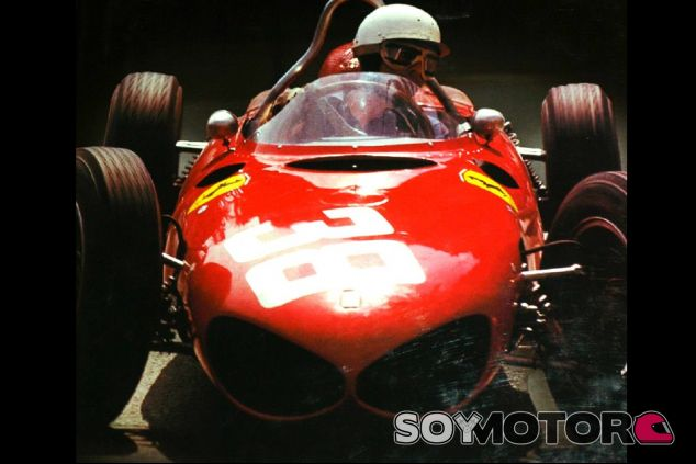Phil Hill a los mandos del F156, en 1961 - LaF1