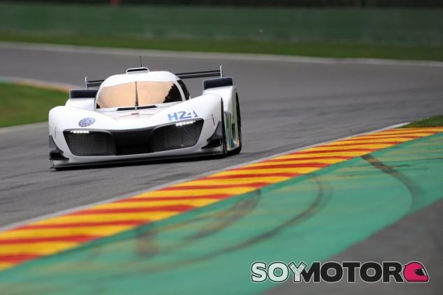 GreenGT LMPH2G, vehículo con pila de hidrógeno, en el circuito de Spa - SoyMotor.com