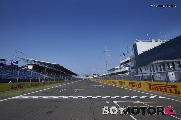 La recta principal del circuito de Hungaroring - LaF1