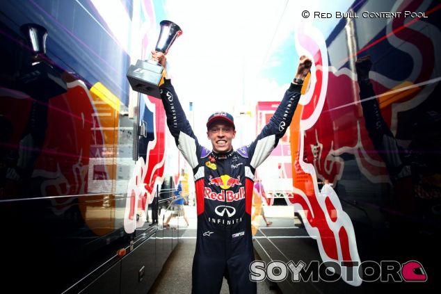 Daniil Kvyat, eufórico tras ser el segundo piloto más joven en subir al podio - LaF1