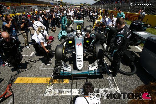 Hamilton, en problemas con los motores disponibles - LaF1