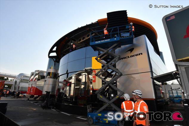 Hospitality de McLaren en Barcelona - SoyMotor.com