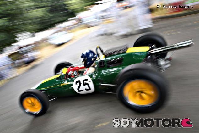 Lotus 25 en Goodwood - SoyMotor.com