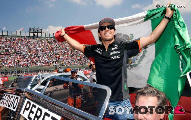 Sergio Pérez en el Gran Premio de México 2015 - LaF1