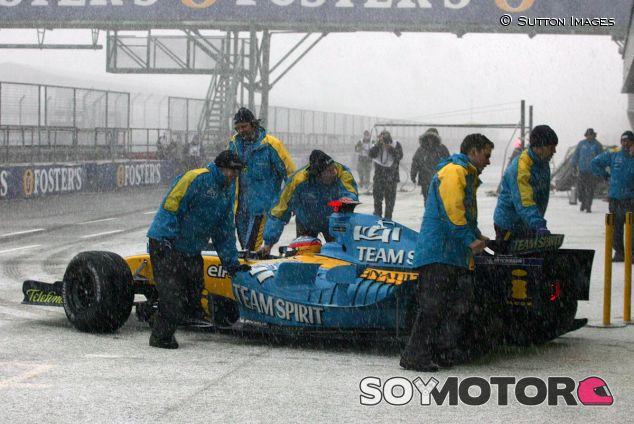 Fernando Alonso en Silverstone, 2005 - SoyMotor