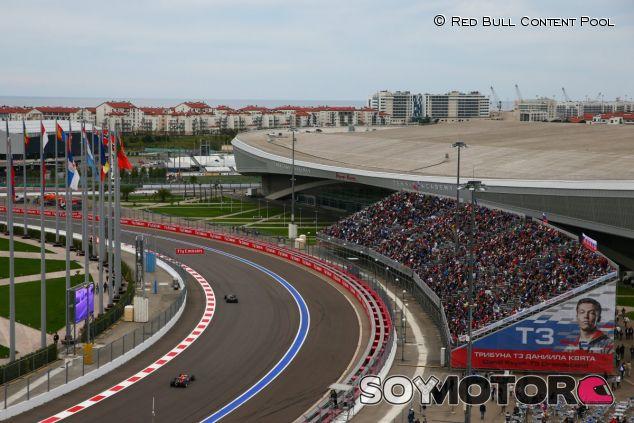 El GP de Rusia crea controversia tras su segunda carrera - LaF1