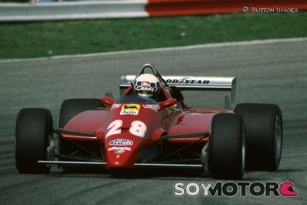 Didier Pironi y su Ferrari en el Gran Premio de Holanda de 1982 - LaF1
