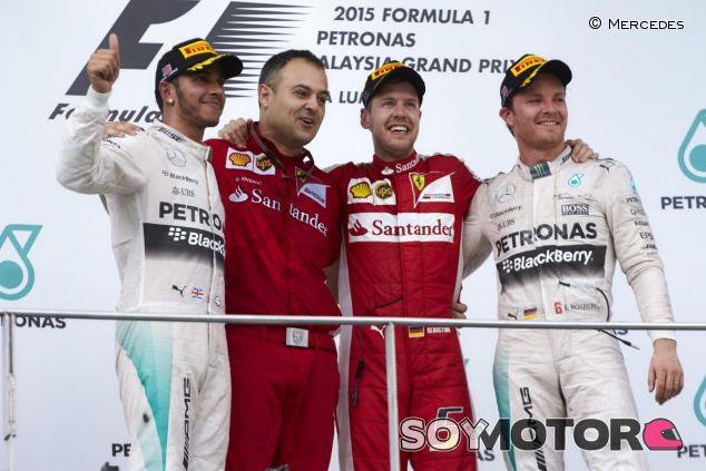 ¿Se repetirá más esta imagen de Vettel batiendo a los Mercedes como en Malasia? - LaF1