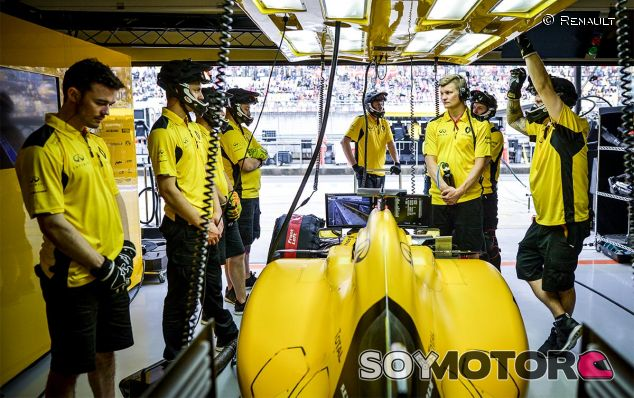 Box del equipo Renault en China - laF1