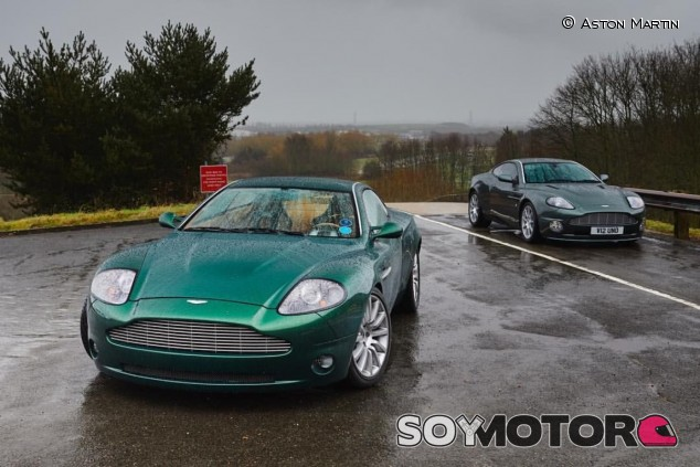 El concepto posa junto al modelo de serie - SoyMotor.com