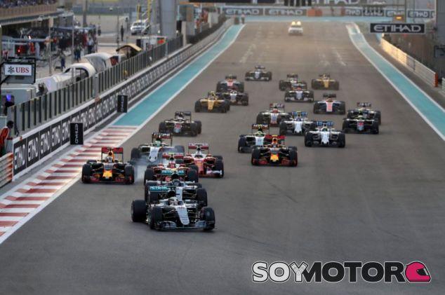 Salida del GP de Abu Dabi - SoyMotor