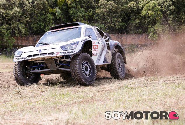 Probamos el SsangYong Tivoli DKR: zorro del desierto - SoyMotor.com