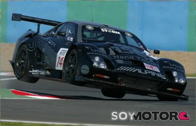 Lister Storm: el F40 británico - SoyMotor.com