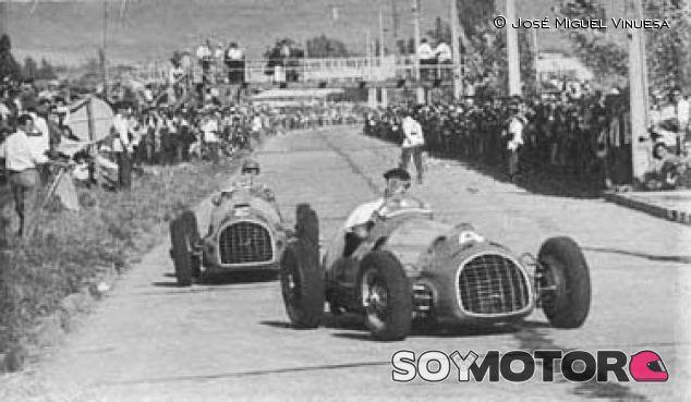 Juan Manuel Fangio y José Froilán González luchando por el liderato en el GP de Chile de 1950 - LaF1