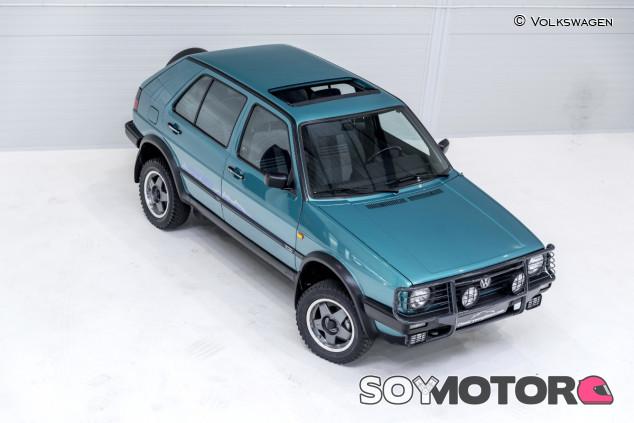 Su carrocería se elevaba 180 milímetros más de lo normal - SoyMotor.com