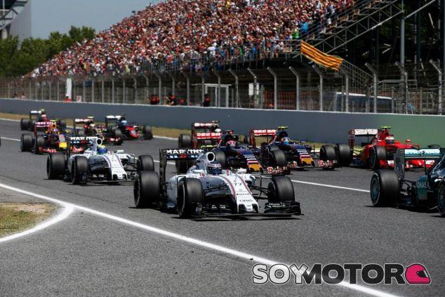Felipe Massa y Valtteri Bottas en la salida del GP de España - LaF1.es