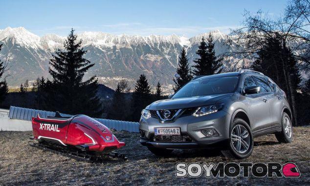 El Nissan X-Trail junto a su hermano, modelo de Bobsleigh - SoyMotor