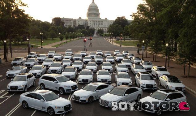 100 Audi Clean Diésel posan ante el Capitolio. ¿Es ahora la imagen de la vergüenza? - SoyMotor