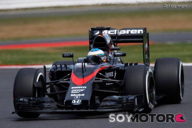 Fernando Alonso en Silverstone - LAF1.es
