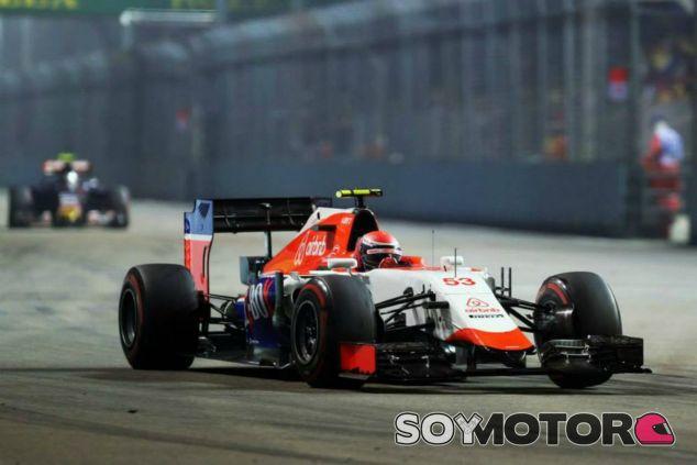 Rossi debuta con Manor con accidente - LaF1