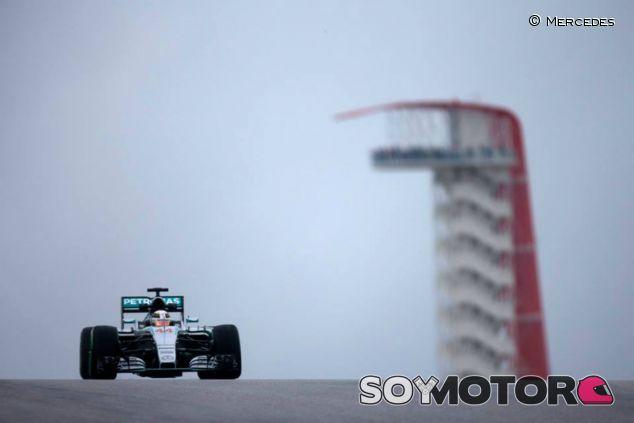 Hamilton lidera los Libres 3 - LaF1