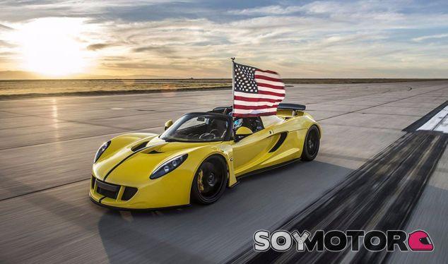 ¡New Record! El Hennessey Venom GT Spyder alcanza los 427,4 km/h