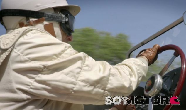 Derek Bell en pleno pilotaje del Porsche 718 de la Targa Florio - SoyMotor