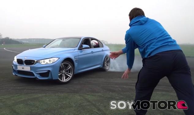 Meter un balón de rubgy en un BMW M3 haciendo drift no parece muy fácil - SoyMotor