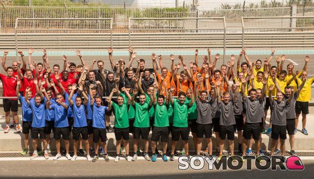 Ilusión desbordante entre los 56 participantes del Race Camp Europeo de la GT Academy 2015 - SoyMotor