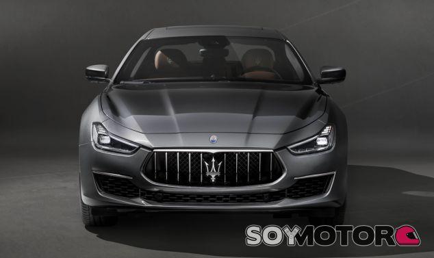 El Maserati Ghibli GranLusso se renueva a nivel visual y tecnológico - SoyMotor