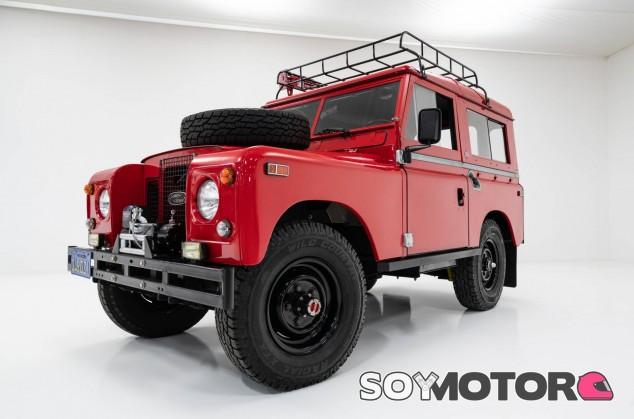 Land Rover Defender - SoyMotor.com