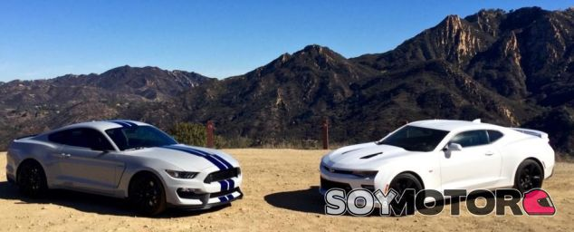 Ford Mustang vs. Chevrolet Camaro - SoyMotor.com
