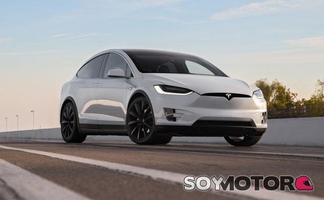 El SUV de Tesla también se ha visto implicado en un accidente con el Autopilot activado - SoyMotor