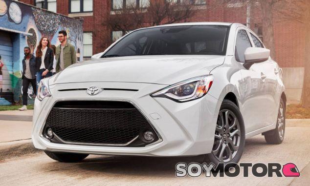 El frontal del Toyota Yaris sedán gana en personalidad y deportividad - SoyMotor