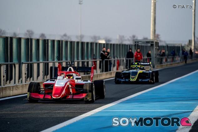 La nueva F3 debuta con nota en Magny Cours - SoyMotor.com