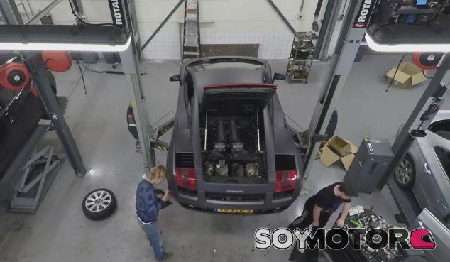Este Lamborghini Gallardo está a punto de sufrir una operación de cirugía - SoyMotor