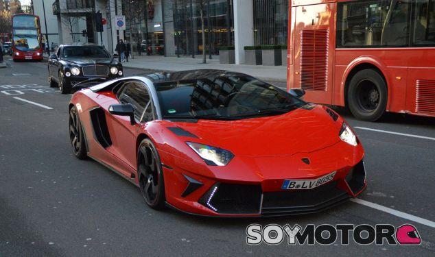Los superdeportivos de los 'niños ricos' se han convertido en un problema en Londres - SoyMotor