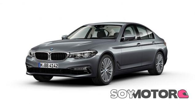 El BMW Serie 5 de la foto equipa un acabado sport y una pintura gris metalizada - SoyMotor