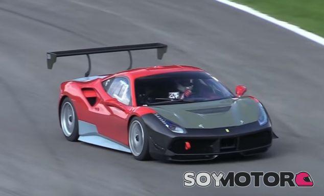 La aerodinámica del Ferrari 488 Challenge es más sencilla que en las versiones GTE y GT3 - SoyMotor