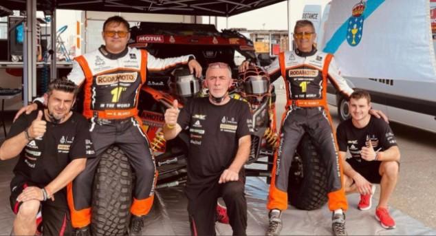 Discuten en plena especial del Dakar y deja tirado a su copiloto en el desierto - SoyMotor.com