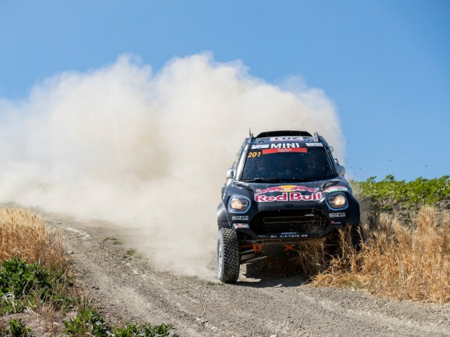 Carlos Sainz gana la segunda etapa del Rally de Andalucía - SoyMotor.com