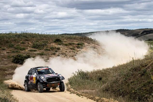 Al-Attiyah controla la primera etapa en Andalucía, Sainz tercero - SoyMotor.com