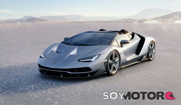 El precio de partida de cada unidad del Lamborghini Centenario Roadster es de 2 millones de euros más impuestos - SoyMotor