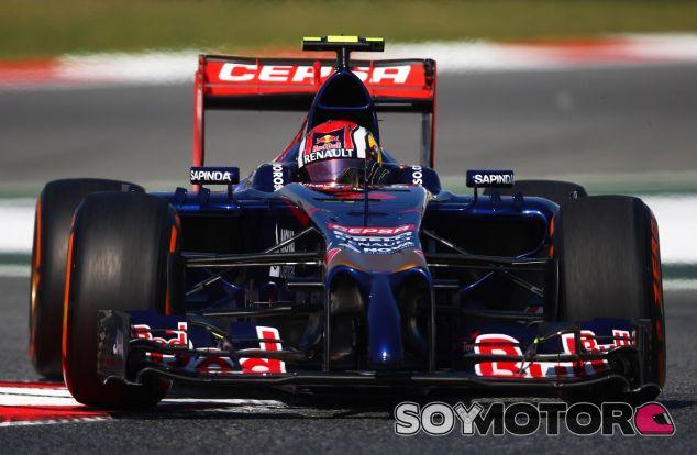 Daniil Kvyat  en el Circuit de Barcelona-Catalunya - LaF1