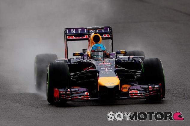 Sebastian Vettel en la lluvia de Silverstone - LaF1