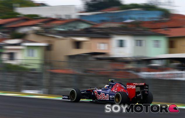 Daniil Kvyat en Interlagos - LaF1
